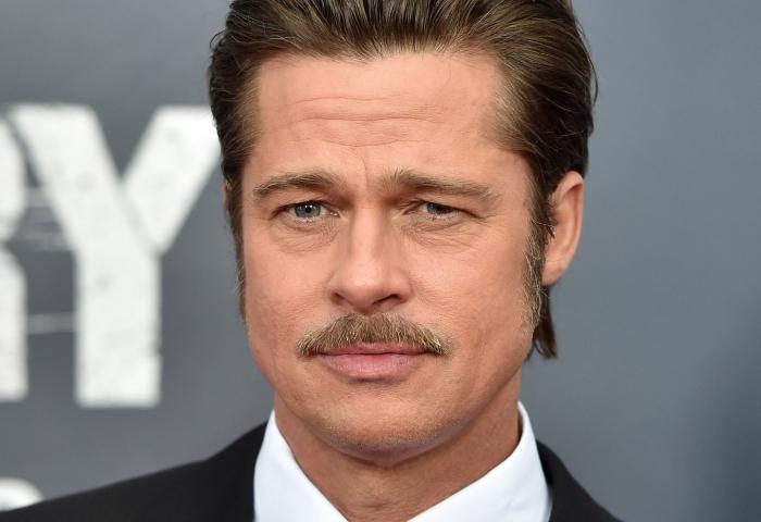 СМИ сообщают что актёр избил своих детей на глазах у матери во время перелёта в Лос-Анджелес