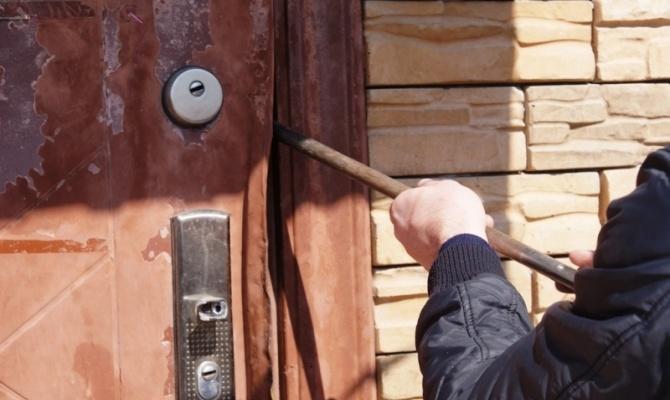 ВЯкутии раскрыта кража имущества учреждения насумму неменее 2-х млн. руб.