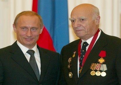 Банкир изАбхазии выманил уВладимира Этуша 28 млн руб.